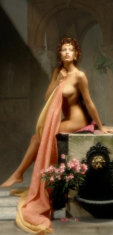 Cibele: nudo di donna seduta con velo e fiori di Patrick Nicholas