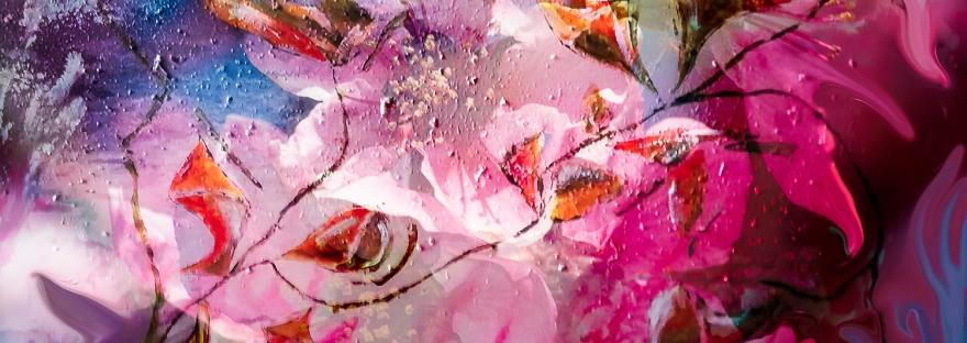 creazione floreale astratta in immagine colorata con forme astratte simili a fiori e boccioli con sfumature di colore
